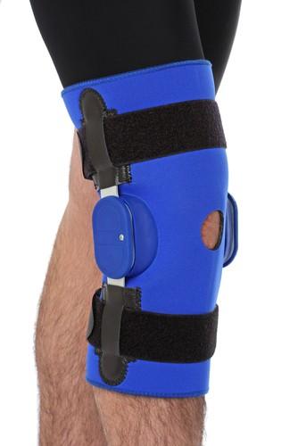 Ćwiczenia usprawniające kolano pomagają zwiększyć stabilność stawu kolanowego poprzez wzmocnienie otaczających go mięśni.